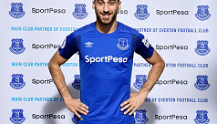 Everton sign Turkey striker Tosun