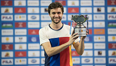 Simon wins first ATP title in three...