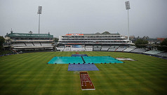 No play before lunch at Newlands
