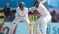Kohli stands firm for India against...