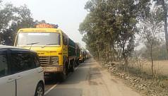 1 killed in Tangail crash, 8-km tailback...