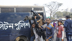 BNP men attack police, snatch two activists...