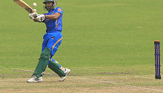 Mashrafe, Anamul keep Abahani on...