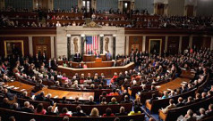 Congress votes to end brief government...