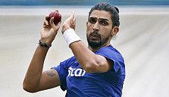 India paceman Sharma signs for...