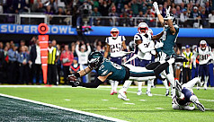 Eagles upset Patriots 41-33 to win Super...