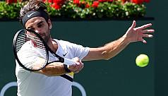 Federer survives scare to face Del Potro...