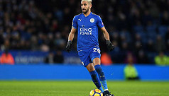 Leicester's Mahrez regrets his handling...