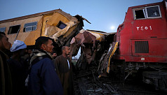At least 15 killed in Egypt train crash