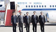 South Koreans meet Kim Jong Un for talks...