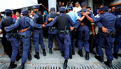 Maldives police arrest 139 opposition...