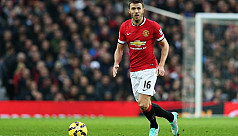 Man United's Carrick to retire at end...