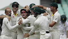 Australia board warns team about behaviour...