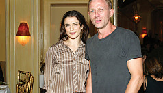 Daniel Craig, Rachel Weisz expecting 'a little human'