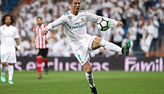 Ronaldo earns Real late draw against...