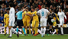 Buffon blasts referee Oliver after red...