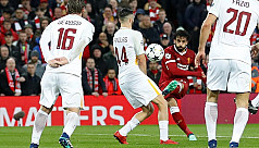 Salah shines again as Liverpool beat...