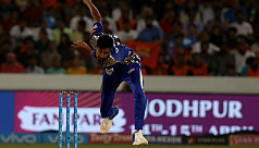 Fizz's Mumbai lose as Shakib's Sunrisers...