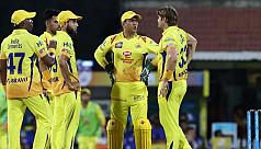 Snake threats, shoe-throwing force IPL...