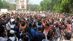 Quota reform protest: IU students attempt to block main road