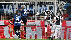 Simeone treble buries Napoli as Juventus...