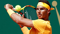 Nadal thrashes Thiem to ease into Monte...
