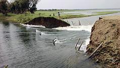 Dam in Sunamganj's Tanguar haor...