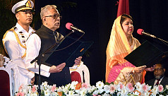 President Hamid takes oath, begins second...