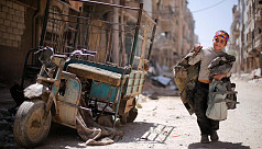 Syrian rebels start pull-out from south...