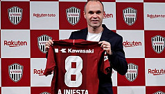 Iniesta greets Japanese football fans,...