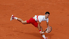 Djokovic back to winning ways in Rome