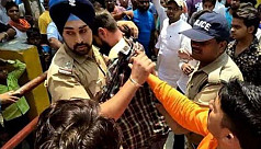 Sikh police officer who saved Muslim...
