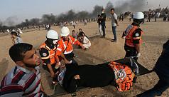 Red Cross sends war surgeons to 'sinking...