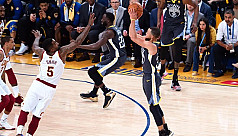Curry's 3-point dazzlers lift Warriors...