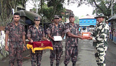 BGB and BSF exchange sweets for Eid...