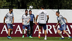 Messi on a mission as Argentina train...