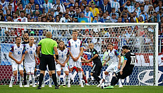 Iceland hold Argentina to 1-1 draw as...