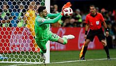 Croatia win penalty shootout to reach...