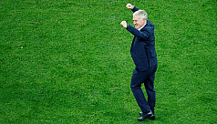 Deschamps on brink of history