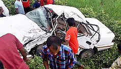 Road accident kills 6 in...
