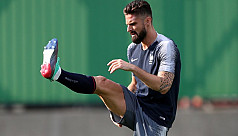 Veteran Giroud trains like he's 20, says Chelsea boss Tuchel