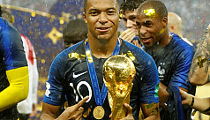 Mbappe to donate World Cup earnings...