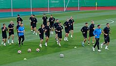 Croatia look to master Modric to carry...