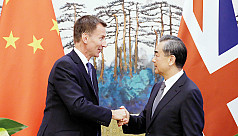 China tempts Britain with free trade,...