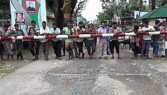 Export-import at Hili Land Port halts...
