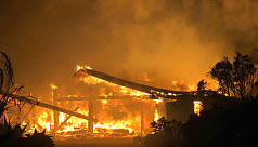 Massive wildfire rages after becoming...