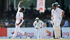 Sri Lanka close in on whitewash of South...