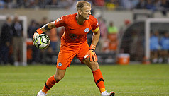 Hart anxious to secure Manchester City...