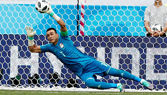 Egypt's record-breaking keeper El Hadary...