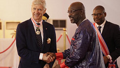 Wenger receives Liberia's highest...